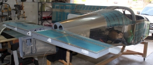 The horizontal stabilizer is now fully attached to the fuselage.